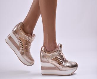 Дамски обувки  на платформа еко кожа/лак розови CTEA-26878