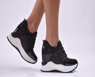 Дамски обувки  на платформа еко лак/ текстил черни KFOL-26887