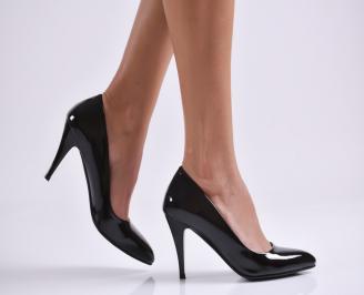 Дамски обувки на ток черни еко кожа/лак KEAR-23011