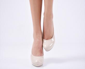 Дамски обувки на ток еко кожа/лак бежови MCEA-23113