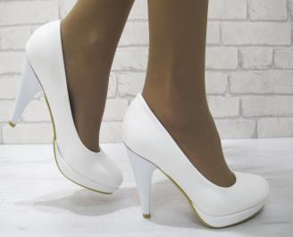 Дамски обувки на ток еко кожа бели KDSU-23114