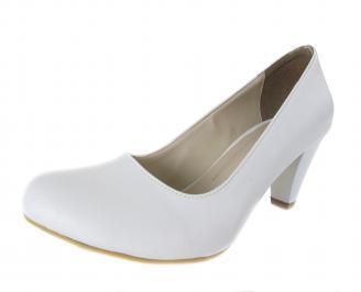 Дамски обувки на ток еко кожа бели GEEH-17535