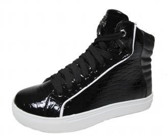 Дамски обувки равни черни от еко лак BVWC-22433