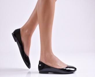 Дамски обувки равни еко лак черни YMVU-26938