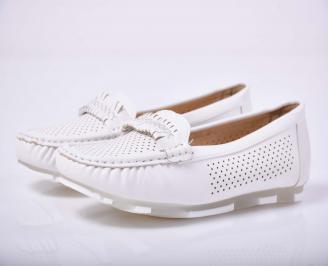 Дамски равни обувки бели  MFCG-1015221