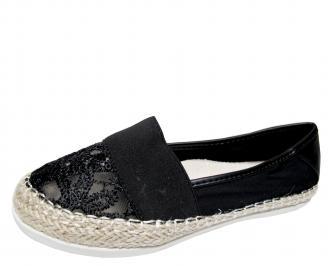 Дамски равни обувки дантела черни CASI-21610