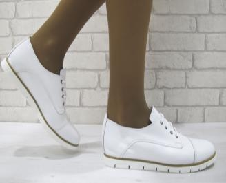 Дамски равни обувки естествена кожа бели OFGK-23129