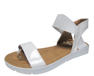 Дамски равни сандали еко кожа/лак бели KZNL-21581