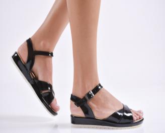 Дамски равни  сандали еко лак черни ZJSW-24177