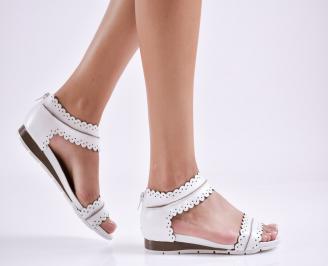 Дамски равни сандали естествена кожа бели NSOY-24130
