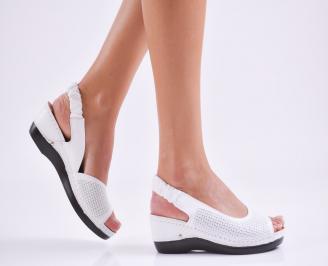 Дамски равни  сандали естествена кожа бели MCCQ-27540