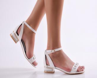Дамски сандали еко кожа/лак бели KXBC-23507