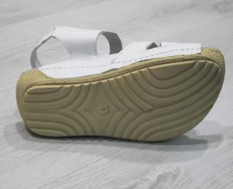 Дамски  сандали  Гигант  бели естествена кожа EGGC-24290