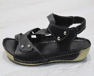 Дамски  сандали  Гигант  черни естествена кожа CWWY-24291