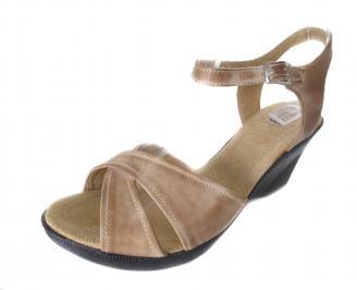 Дамски сандали Гигант естествена кожа бежови XAIN-17182