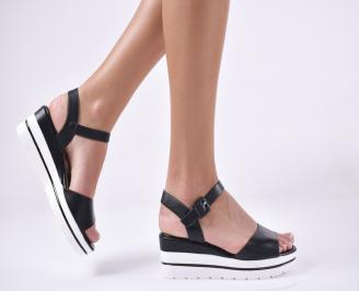 Дамски сандали на платформа черени RCLX-1013967