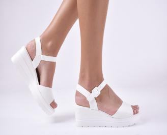 Дамски сандали на платформа бели WXJY-1013971