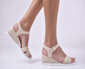 Дамски сандали на платформа естествена кожа бежови. POFP-1014006