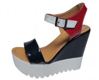 Дамски сандали на платформа еко кожа черно/бяло/червено KMVY-21776
