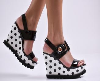 Дамски сандали на платформа еко кожа/лак черни ZPXO-23328