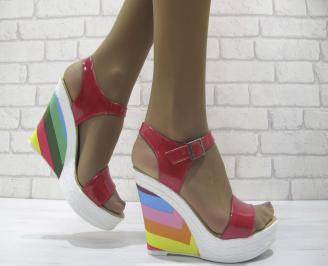 Дамски сандали на платформа еко кожа/лак червени