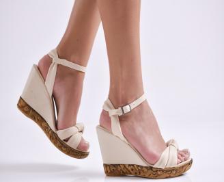 Дамски сандали на платформа бежови еко кожа