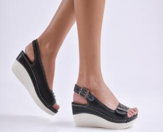Дамски сандали на платформа естествена кожа черни TGCG-23825