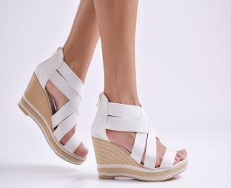 Дамски сандали на платформа текстил бели SPEJ-23830