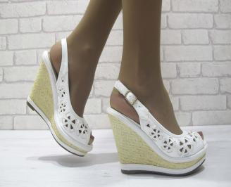 Дамски сандали на платформа еко кожа бели RSFC-23832