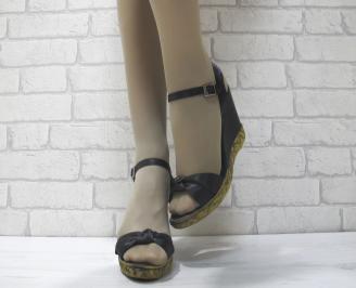 Дамски сандали на платформа черни сатен SITV-23838