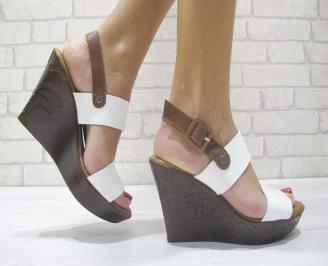 Дамски сандали на платформа естествена кожа бели BSAX-23876