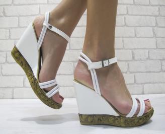 Дамски сандали на платформа бели еко кожа ZGDA-23888