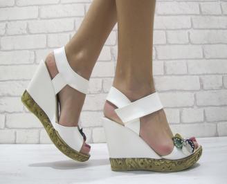 Дамски сандали на платформа бели еко кожа MTXP-23897
