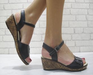 Дамски сандали на платформа черни еко кожа TAJJ-23899