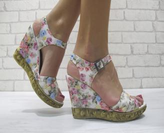 Дамски сандали на платформа шарени текстил IMJH-23910