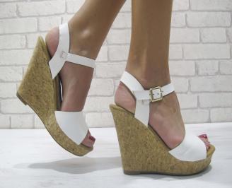 Дамски сандали на платформа еко кожа бели LKUI-23911
