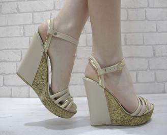 Дамски сандали на платформа бежови еко кожа DFKP-23914
