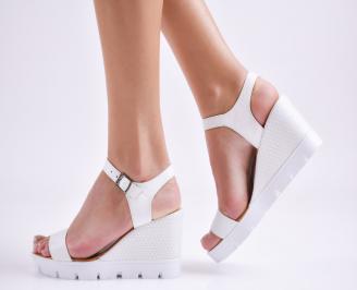 Дамски сандали на платформа бели естествена кожа MOJK-24043