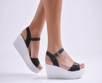 Дамски сандали на платформа текстил черни YNSX-24157