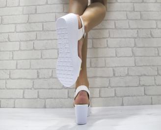 Дамски сандали на платформа еко лак бели DOEA-24162