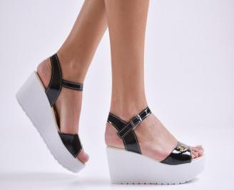 Дамски сандали на платформа еко лак черни ETTX-24171