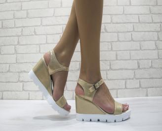 Дамски сандали на платформа еко кожа златисти ORPD-24174