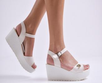 Дамски сандали на платформа текстил бежови JBPK-24176