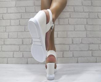 Дамски сандали на платформа еко кожа/лак бели FIDF-24220