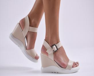 Дамски сандали на платформа еко кожа бежови GTDB-24226