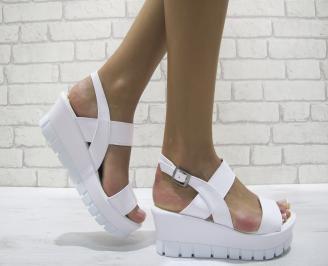 Дамски сандали на платформа еко кожа бели NADG-24251
