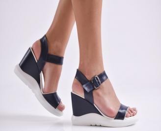 Дамски сандали на платформа еко кожа/лак тъмно сини UUZN-24272