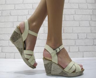 Дамски сандали на платформа естествена кожа бежови GNCB-24278