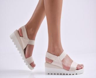 Дамски сандали на платформа еко кожа бежови NGIE-24368