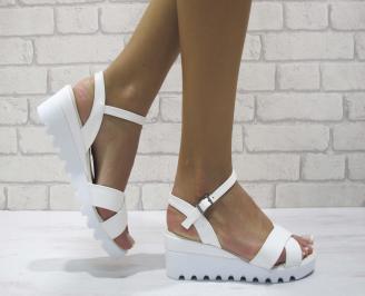 Дамски сандали на платформа еко кожа бели MHMO-24369